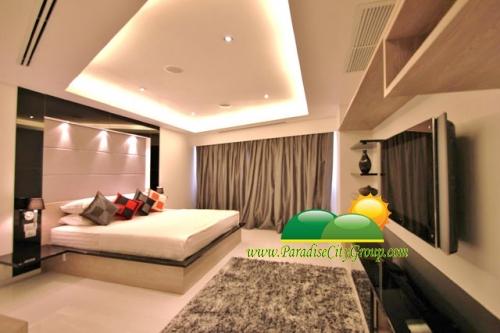 cha-am-krinsadanakorn-condo-for-rent-5