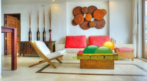 Beach Front Condo For Sale In Hua Hin, Las Turtugas condo For Sale.