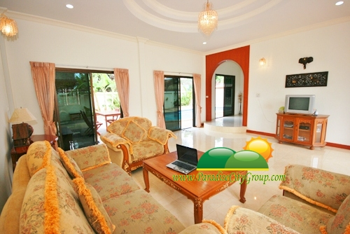house-for-sale-with-swimming-pool-in-hua-hin-37