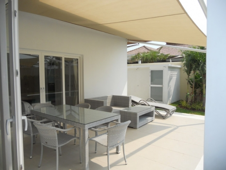 Fantastic 3 Bedroom Pool Villa On The Views Close To Banyan Golf Course