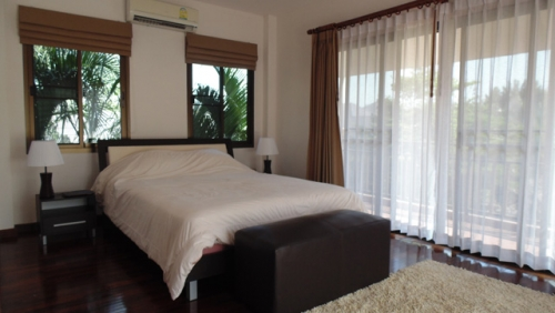 Hua Hin House for Rent with Private Swimming Pool (13).jpg