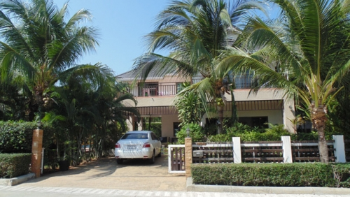 Hua Hin House for Rent with Private Swimming Pool (2).jpg
