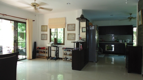 Hua Hin House for Rent with Private Swimming Pool (6).jpg