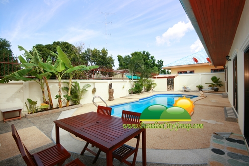 house-for-sale-with-swimming-pool-in-hua-hin-39
