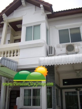 town-house-for-sale-at-soi-sport-villa-16