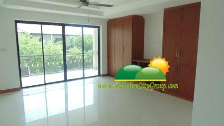 hua-hin-house-for-sale-with-the-swimming-pool-4