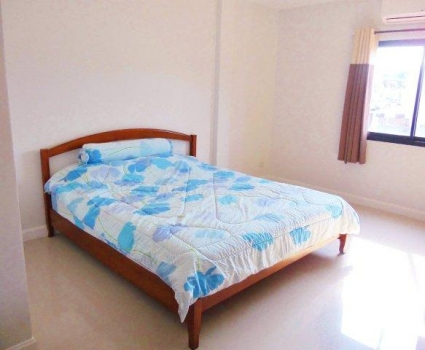 Fantastic Town House For Sale In Hua Hin