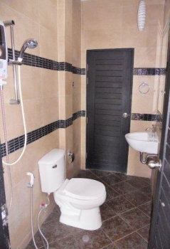 Fanatstic Town House For Sale In Hua Hin