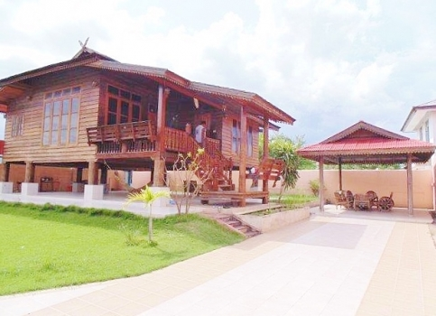 HouHua Hin Thai Style House wood for Sale & rent