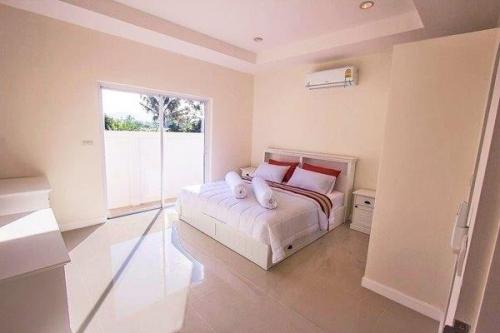 Hua Hin, Pranburi pool villa for sale